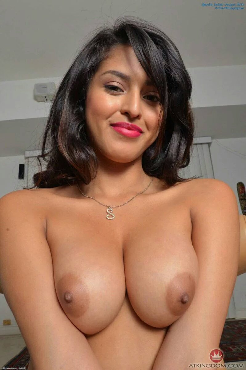 Nina mercedes nude action
