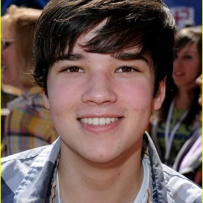kress singles Nathan kress isn't dating anyone now as the gifted actor is a happily married man he dated.