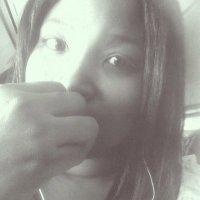 Michelle ( @michkeepscool ) Twitter Profile
