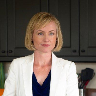 Kate Rhéaume (@DoctorKateND) Twitter profile photo