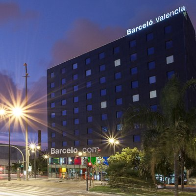 Barcel valencia barcelovalencia twitter - Hotel barcelo valencia ...