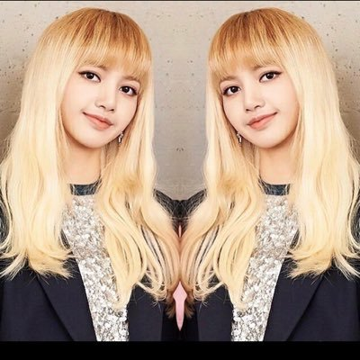 Blackpink Lisa 리사 On Twitter Out Diet Eating Cds