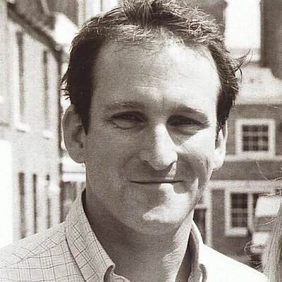 Damian Hinds | Social Profile