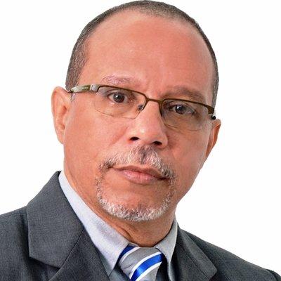 Dr. Vladimir Estrada