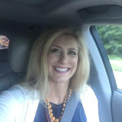 melissa monyette (@MelissaMonyette) Twitter profile photo