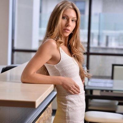 Anastasia Sharp naked