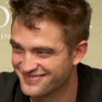 Robert Pattinson AU | Social Profile