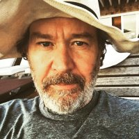 Timothy Hutton | Social Profile