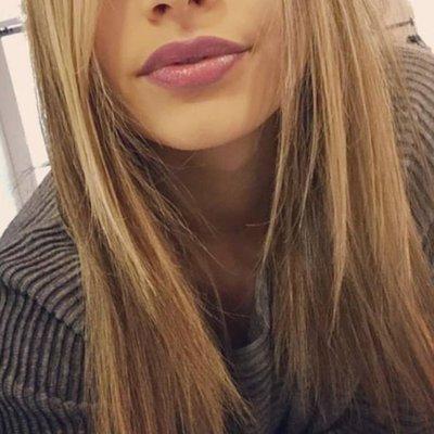 Lucia (@luciasegreta )