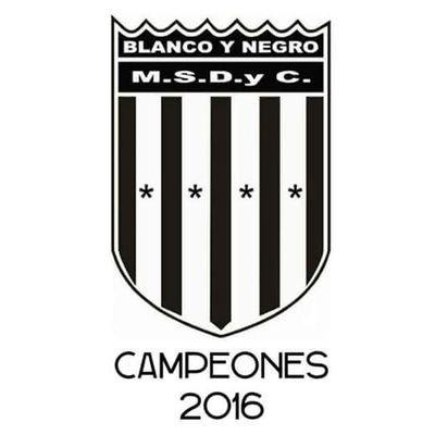 13c25a2b1636 Blanco y Negro on Twitter: