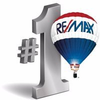 RE/MAX RE Center +