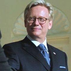 Senator Robert Kelly