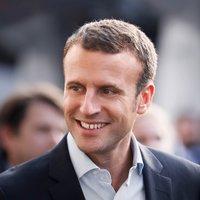 Emmanuel Macron twitter profile
