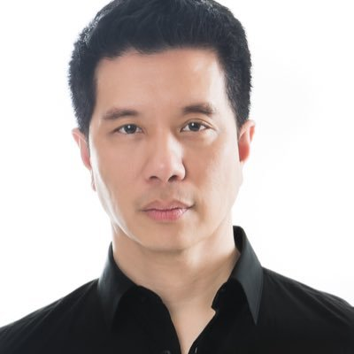 Reggie Lee Social Profile