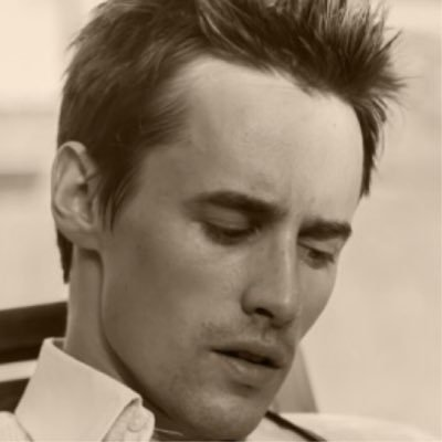 Reeve Carney | Social Profile