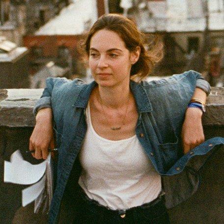 Alexandra Schwartz (@Alex_Lily )