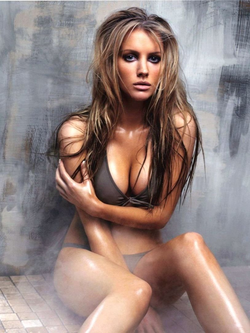 Victoria Jones Nude Photos 22