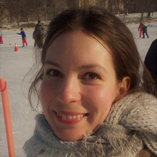 Alexandra Pinter PhD