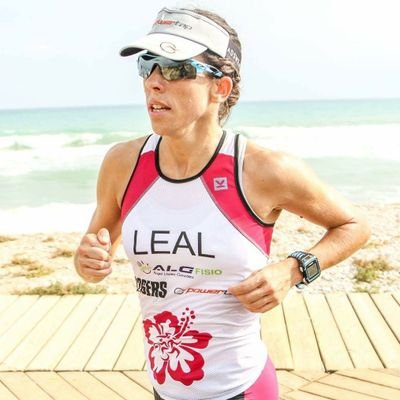 Esther Leal | Social Profile