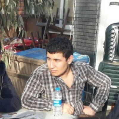 Deniz Bayat さんの Twitter プロフィール画像