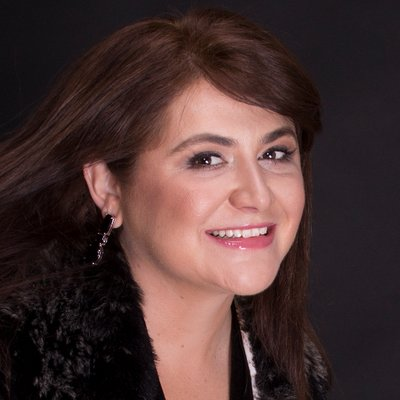 Jana On Camera at home! (@janaoncamera) Twitter profile photo