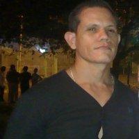 Jhon E Oviedo M