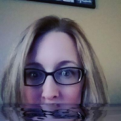 Jaclyn Zimmermann (@JMZtweets )