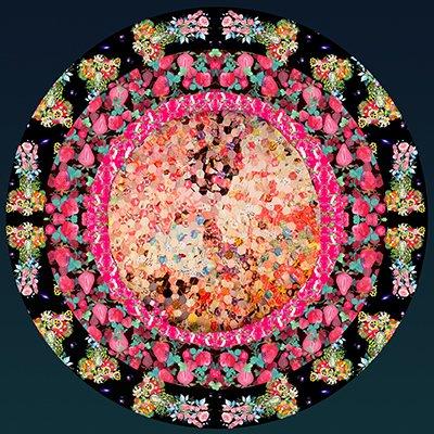 好物をお供えして花屋供養。花屋ありがとう。   幸せの時間   http://t.co/cDSkFbvI