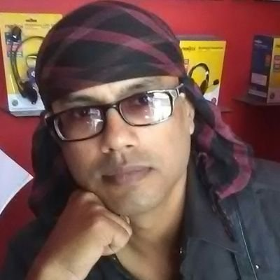 Someshwar (Pucha) Banerjee #piano #pianomusic (@key_som) Twitter profile photo