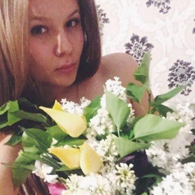 Ксения хоменко о чем говорить с красивой девушкой на работе