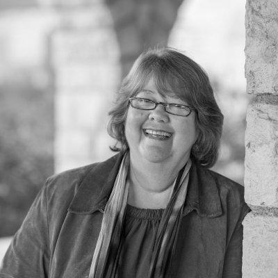 Charlene Newcomb writes #histfic & #scifi
