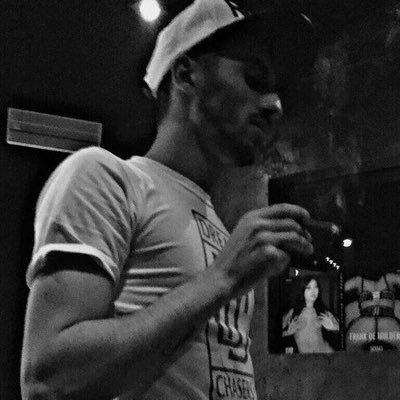 Versedi (@versedi_7tin) Twitter profile photo