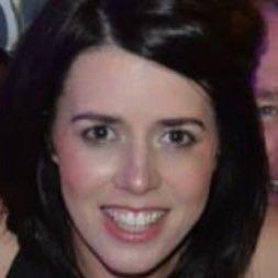 Jenna Earls (@mrsjearls) Twitter profile photo