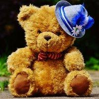 small bear (@Pooh_advanced )