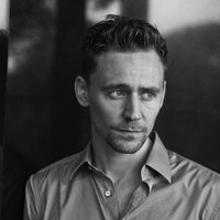 Tom Hiddleston ( @twhiddleston ) Twitter Profile