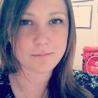 Carrie Poole (@CarrieQ82) Twitter profile photo