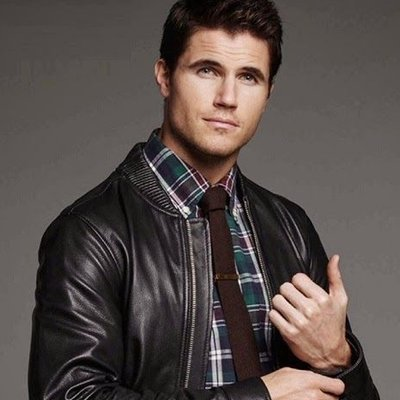 robbie amell when we first met