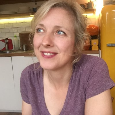 Carole Cadwalladr (@carolecadwalla) Twitter profile photo