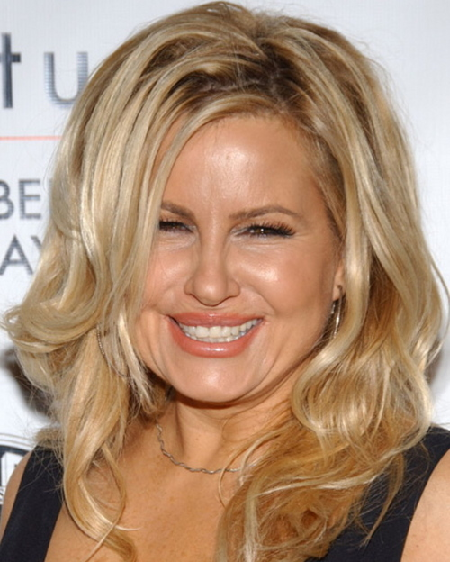 Jennifer Coolidge Social Profile