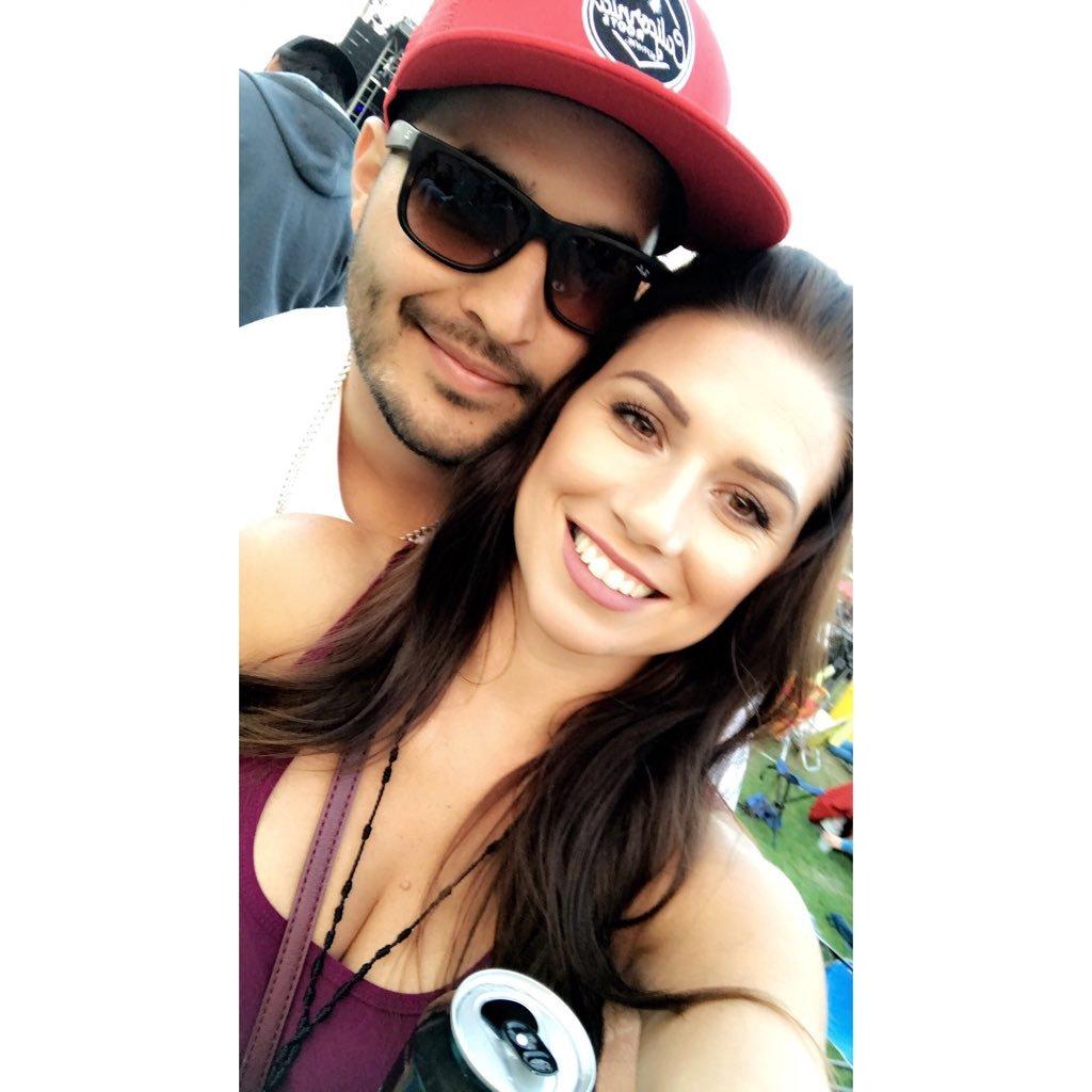 Mandy Lea Flores