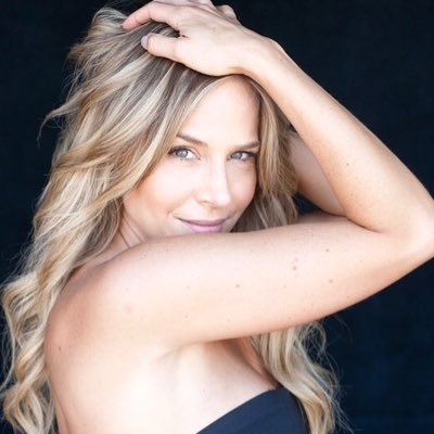 Julie Benz Social Profile