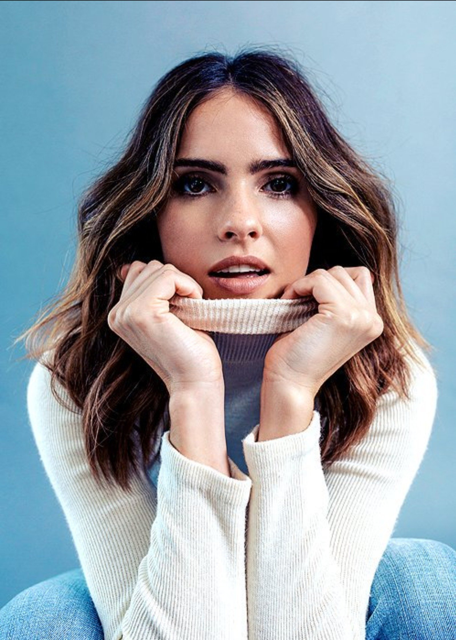 Shelley Hennig wallpaper