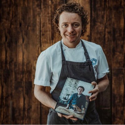 Tom Kitchin | Social Profile