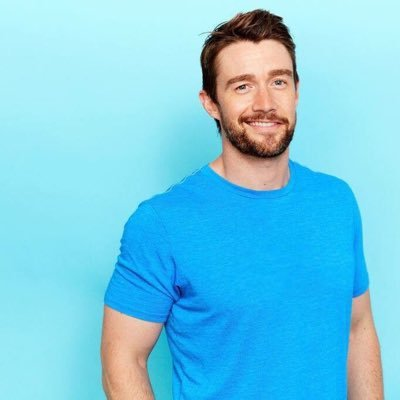 Robert Buckley Social Profile
