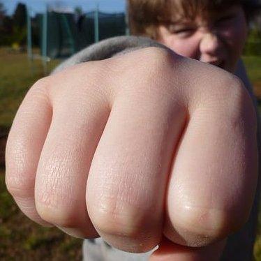 この筋トレはやばいwww   #K1 #ボクシング #総合格闘技 https://t.co/hK0UOCpFT0