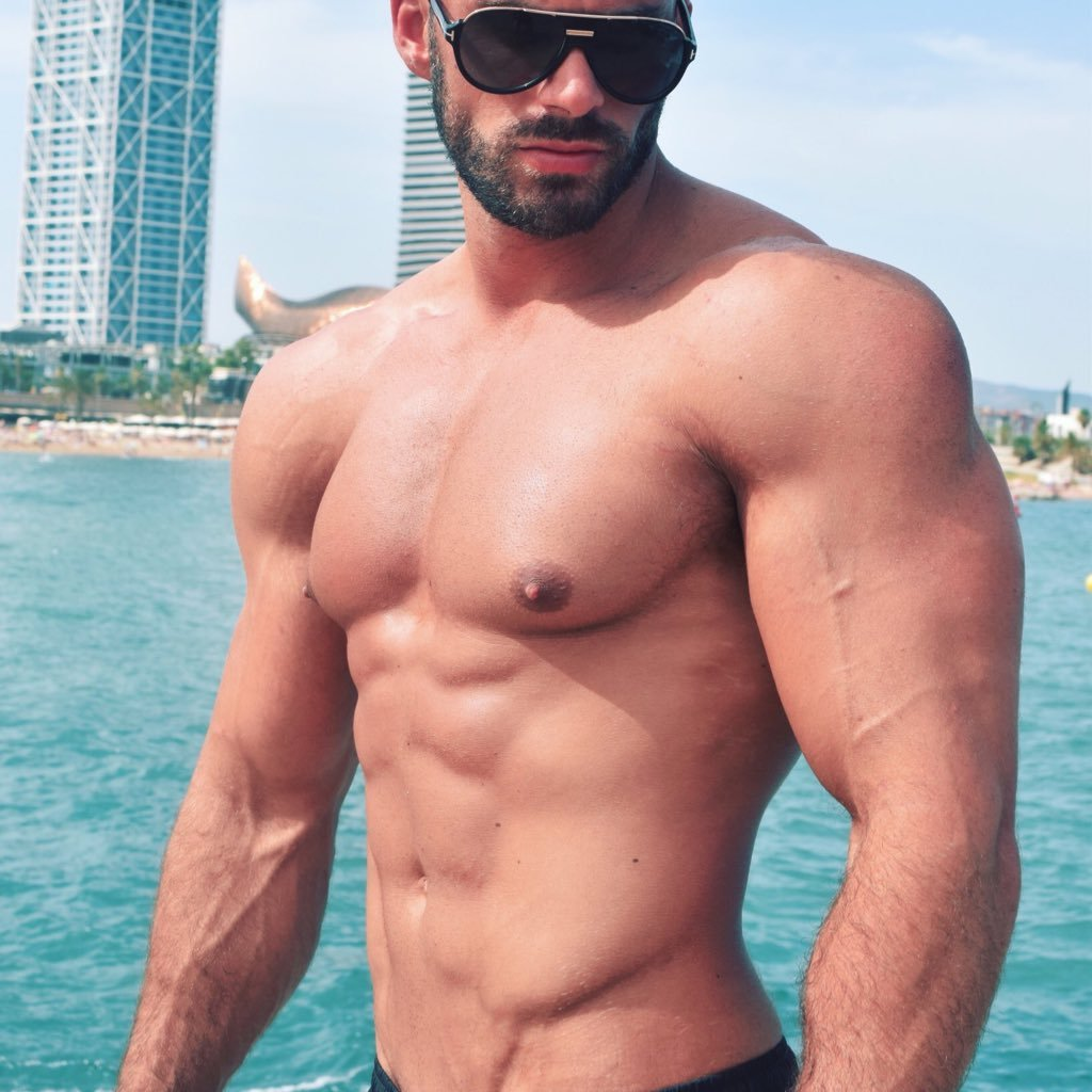 And cum muscle Hunk Gets