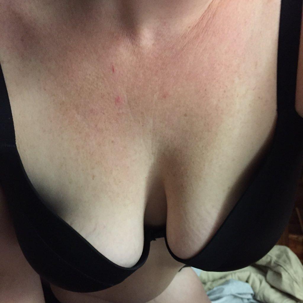 Girlfriend Amateur fingering webcam on