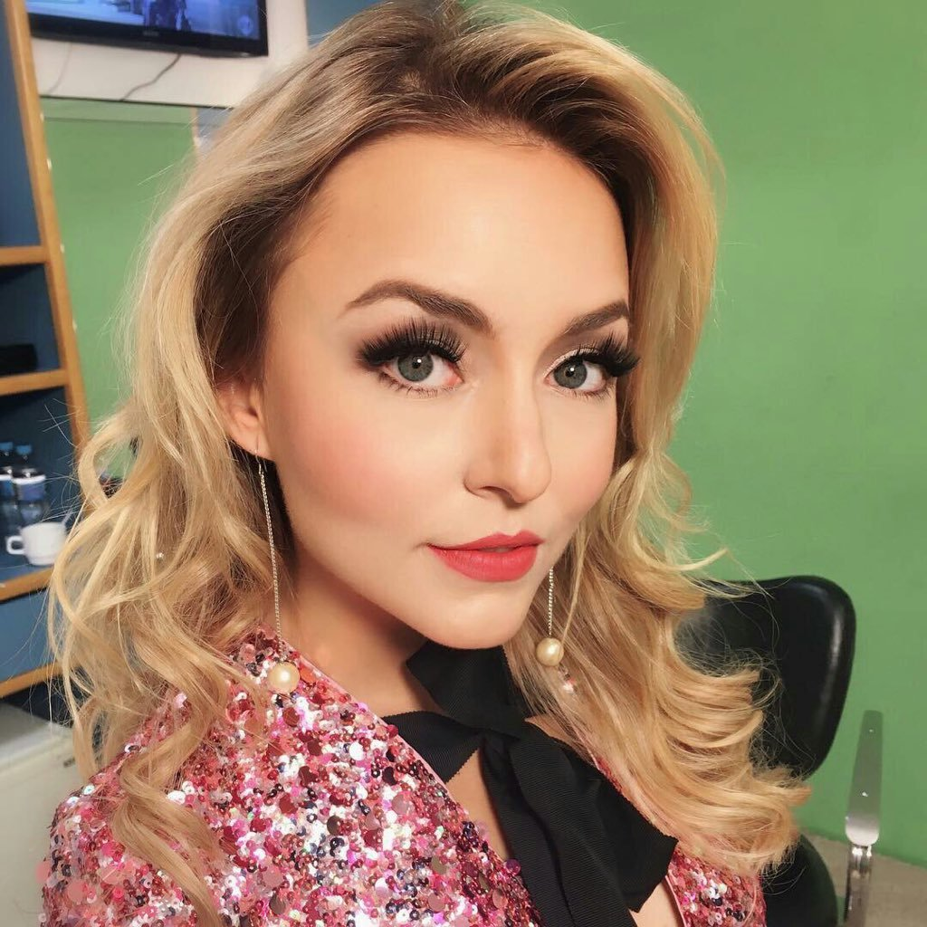 "Angelique Boyer angelique boyer on twitter: ""happy 3rd anniversary to my"