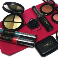 Angie's Cosmetics  | Social Profile