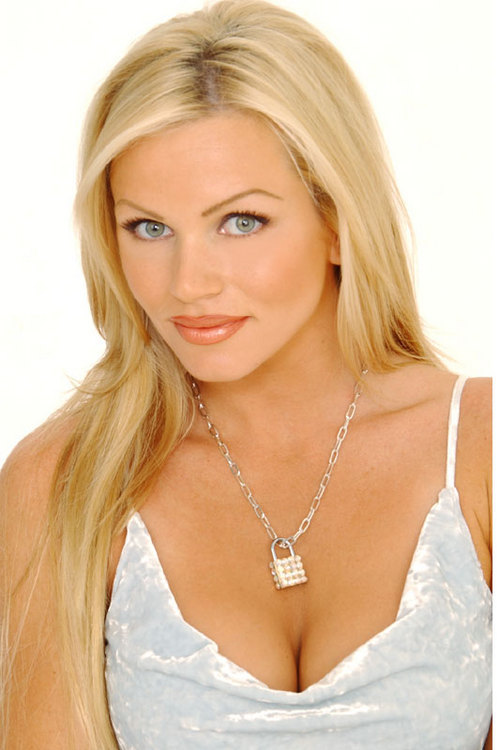 Nikki Ziering On Twitter Shanna_racquel Yes I Do Hunny Nye Rightyoure Pretty Adorable Yourself P